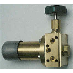 Adjustable Control Manifold Regulator